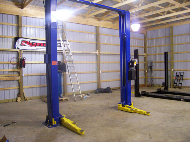 Auto Lift Truck Lift Car Lift Scissor Lift 2 Post Lift 4